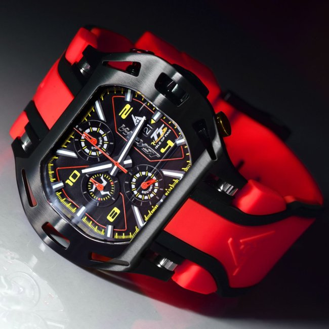 Red Racing Watch Isle of Man TT