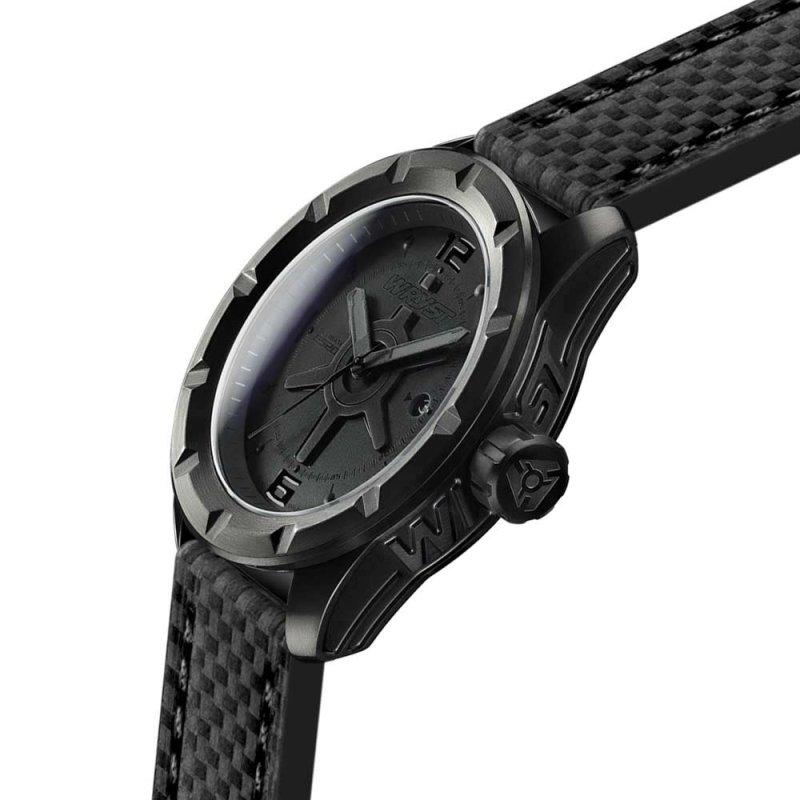 Montre noire inrayable Suisse bracelet en cuir