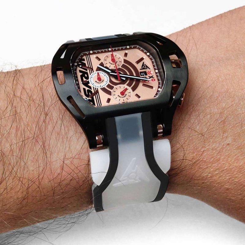 Neue transparente Armbanduhr