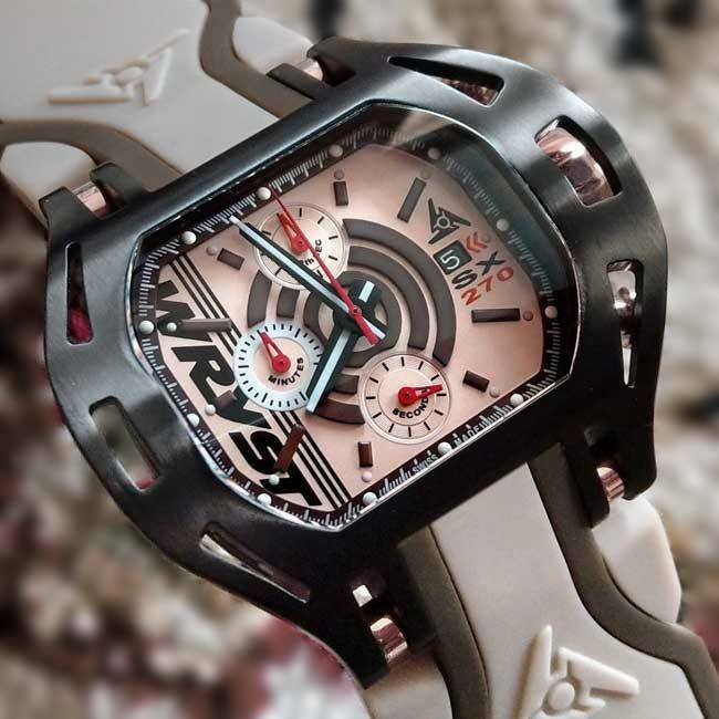 Black and Gold Watch Wryst SX270