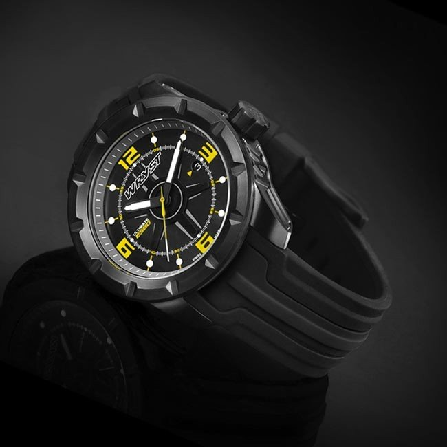 Black and yellow sport watch Swiss Made 45mm