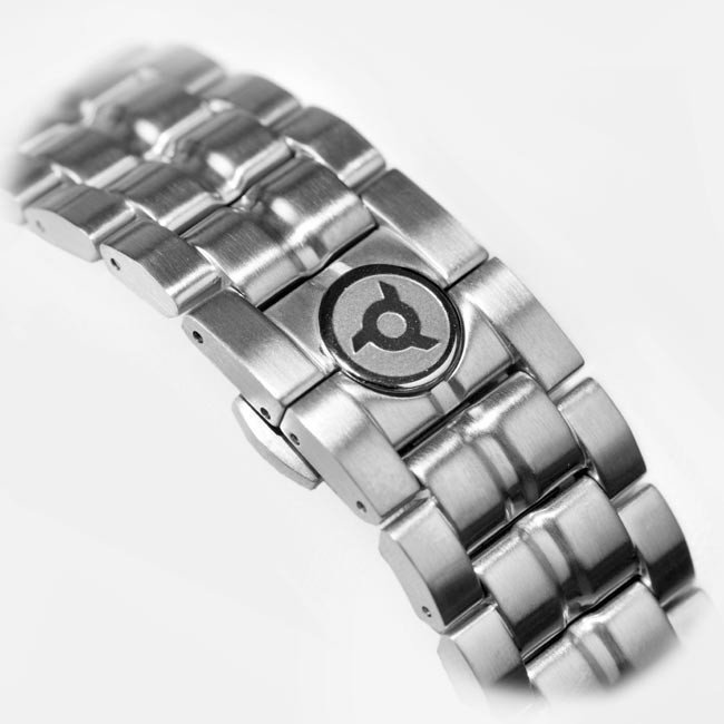Two Blades Metal Watch Bracelet for Ultimate Collection