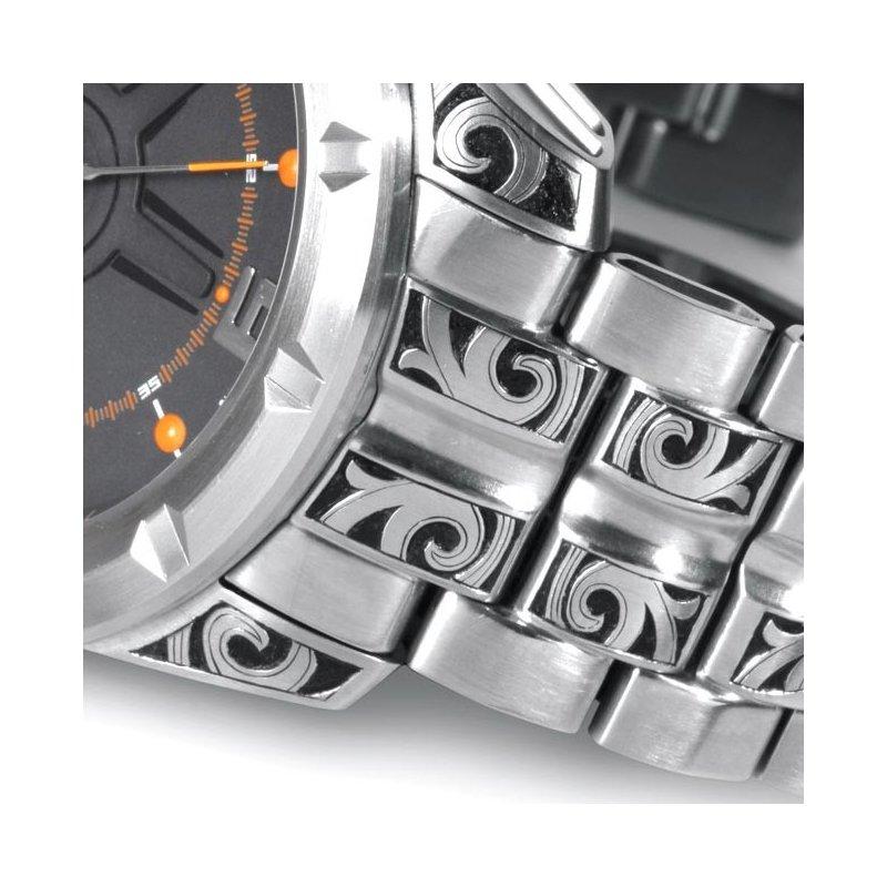 Hand Gravierte Uhr Wryst