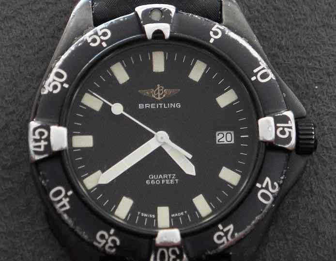 black Scratched swiss watch Breitling