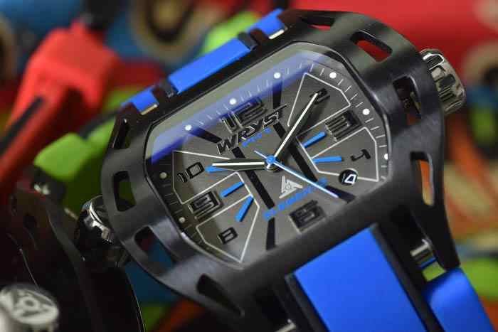Blue sport watch wryst