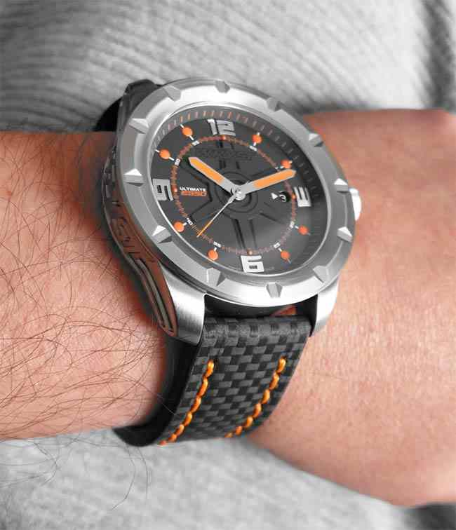 Luxury Limited Edition Watches Black Carbon Fiber Bracelet