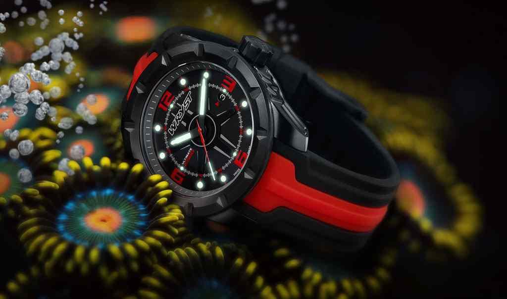 Watch with 200 Meters water-resistance