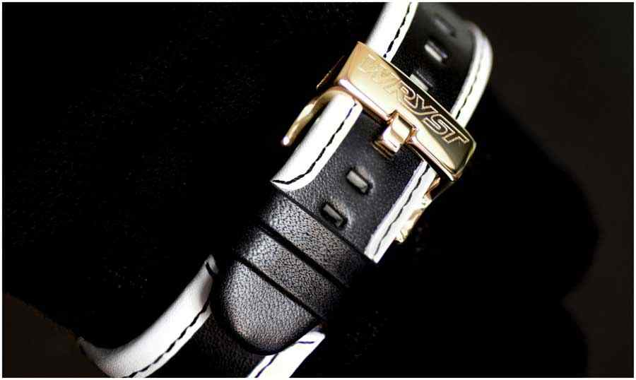 Watch black leather strap gold case