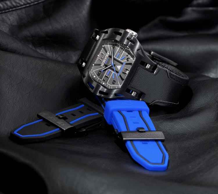 Reloj negro y azul Swiss Made Wryst Elements