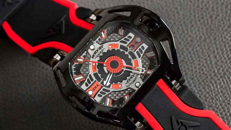 Wryst Racer SX4 watch design Wryst review