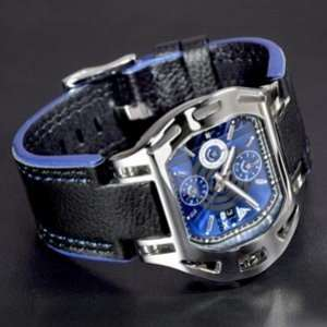 New leather chronograph watch with black leather bracelet for men
