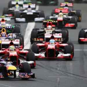 2015 Formula 1 Grand Prix Regulations and calendar